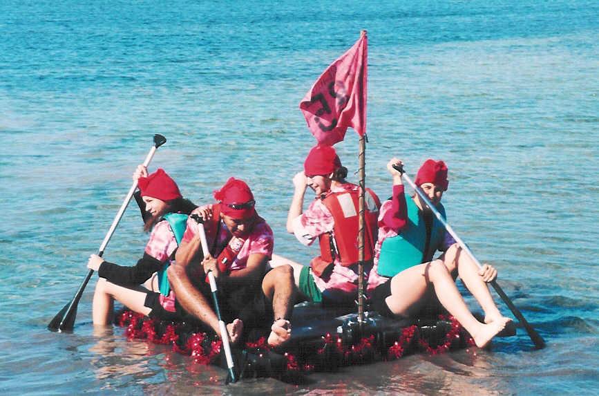 Crew 485 raft.